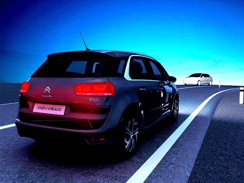 Automatické přepínání dálkových světel u Citroënu C4 Picasso