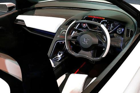 Společnost Honda představila na probíhajícím Tokijském autosalonu sportovní model Honda S660 Concept