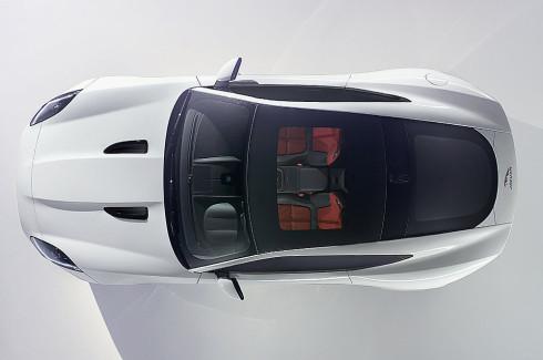 Jaguar F-TYPE Coupé se představí 19. listopadu na autosalonu v v Los Angeles