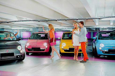 Philips oživuje vozidla průlomovými barevnými světlomety