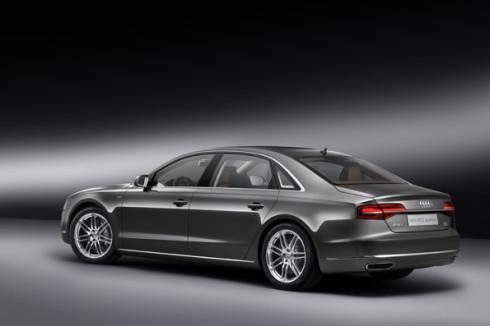 Autoperiskop.cz  – Výjimečný pohled na auta - Audi uvádí na trh exkluzivní provedení své vlajkové lodi: A8 Audi exclusive concept s motorem W12 o výkonu 368 kW