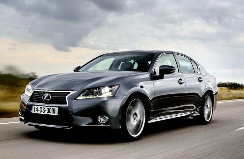 Nový plně hybridní Lexus GS 300h za cenu benzínové verze GS 250