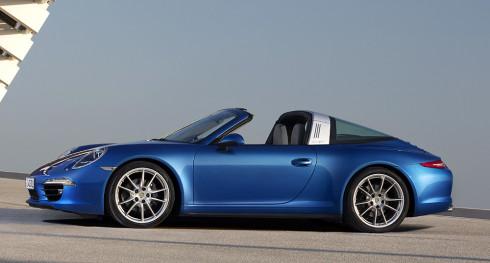 Nové Porsche 911 Targa s inovativně řešenou střechou představeno na detroitském autosalonu