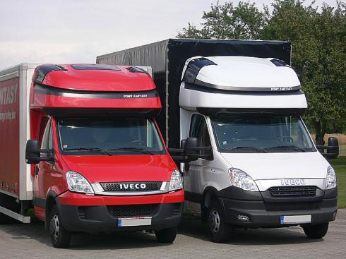 PONY FANTASY I / ADAPT je spací nástavba určena pro lehká, nákladní, užitková vozidla