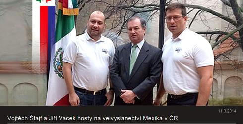Vojtěch Štajf a Jiří Vacek hosty na velvyslanectví Mexika v ČR v souvislosti s jejich účastí na závodě La Carrera Panamericana 2014 Mexiku