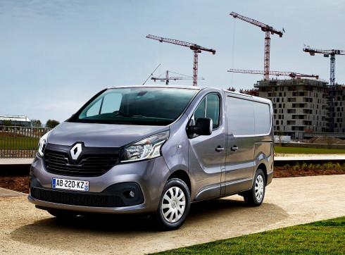 Renault přichází letos v létě s faceliftem užitkového modelu Trafic, s kterým vás velmi podrobně seznamujeme
