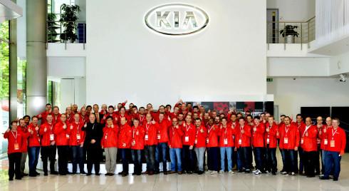 KIA MOTORS vyhlásila 7. ročník celosvětové soutěže World Kia Skill Cup 2014 pro oblast servisních služeb