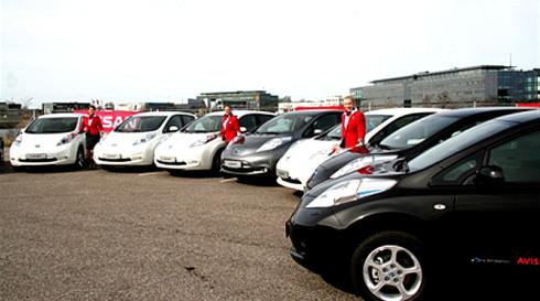 Koupí 400 nových elektromobilů Nissan LEAF vytvořila dánská autopůjčovna Avis nový rekord – jedná se totiž o největší soukromou objednávku elektromobilů u společnosti Nissan