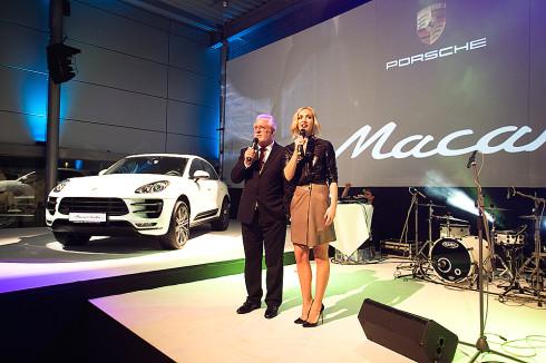 Nové sportovně-terénní Porsche Macan slavnostně odhalila v Praze společnost Porsche Inter Auto CZ, výhradní dovozce a prodejce luxusních a sportovních vozů značky Porsche
