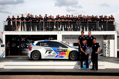 Autoperiskop.cz  – Výjimečný pohled na auta - Proslulý výrobce hodinek a doplňků TAG Heuer se stal oficiálním dodavatelem mistrů světa v rallye 2013 týmu Volkswagen Motorsport