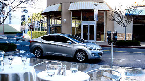 Autoperiskop.cz  – Výjimečný pohled na auta - Hyundai Elantra překonala hranici deseti milionů prodaných vozů