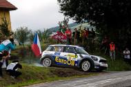 Autoperiskop.cz  – Výjimečný pohled na auta - Václav Pech jun. na Setkání mistrů na autodromu v Sosnové u České Lípy již v neděli 23. listopadu s MINI WRC, ale i s Fordem RS 200