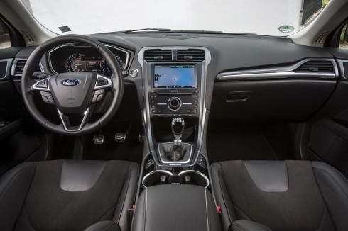 Novž Ford Mondeo (6)