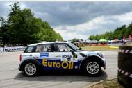 Autoperiskop.cz  – Výjimečný pohled na auta - Pech s MINI John Cooper Works S2000 1,6 turbo měl v Krumlově pech, že nezvítězil, ale i druhé místo po takovém ostrém souboji je velkým úspěchem