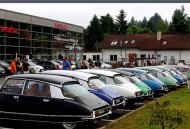 Autoperiskop.cz  – Výjimečný pohled na auta - V neděli 14. června se uskutečnil při příležitosti 60. výročí představení ikonického vozu Citroën DS a zároveň na oslavu prvních narozenin novodobé samostatné značky DS historicky první DS EXPERIENCE DAY v ČR