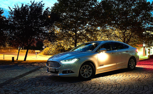 Ford's Camera-Based Advanced Front Lighting System