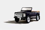 Autoperiskop.cz  – Výjimečný pohled na auta - Značka Land Rover vytvořila speciální sběratelský koncept šlapacího Defenderu