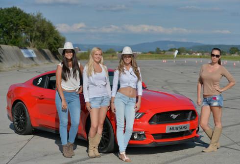 Představení nového Fordu Mustang - 2_9_2015 (52)