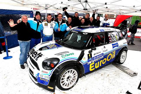 Autoperiskop.cz  – Výjimečný pohled na auta - Václav Pech jun. se v Praze rozloučil s MINI Cooperem, v sezóně 2016 bude startovat s Porsche 997