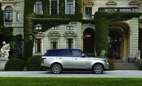 Autoperiskop.cz  – Výjimečný pohled na auta - Land Rover uvádí na trh luxusní Range Rover s pokročilými technologiemi autonomního řízení a novou verzi modelu Range Rover SVAutobiography Dynamic z dílny Special Vehicle Operations (SVO)