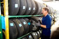 Autoperiskop.cz  – Výjimečný pohled na auta - Životnost pneumatik se neřídí jejich datem výroby, ale správným skladováním a údržbou