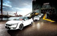 Autoperiskop.cz  – Výjimečný pohled na auta - Tento týden se do Evropy dostaly první vozy modelu Honda Clarity Fuel Cell, který je nejmodernějším vozidlem s nulovými emisemi