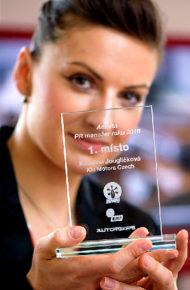 Autoperiskop.cz  – Výjimečný pohled na auta - Nejlepším PR manažerem roku 2016 mezi automobilkami byla zvolena Kateřina Jouglíčková ze společnosti KIA MOTORS CZECH