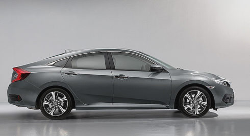 Autoperiskop.cz  – Výjimečný pohled na auta - Zcela nový sportovní čtyřdveřový sedan Honda Civic  v prodeji na našem trhu!
