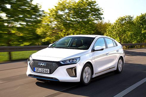 Autoperiskop.cz  – Výjimečný pohled na auta - Hyundai v Evropě zahájí prodej modelu IONIQ Plug-in
