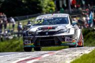 Autoperiskop.cz  – Výjimečný pohled na auta - Petr Fulín se SEAT Leon Cup Racer vybojoval minulý týden první a třetí místo ve dvou závodech třetího podniku letošní sezony ETCC na německém okruhu Nürburgring – Nordschleife