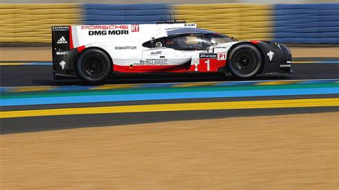 Autoperiskop.cz  – Výjimečný pohled na auta - Přehled o týmu Porsche v kategorii LMP1 před závodem 24 h Le Mans: Tým Porsche LMP1 stojí před tvrdým bojem o celkové vítězství