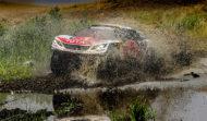 Autoperiskop.cz  – Výjimečný pohled na auta - Peugeot DKR Maxi zůstává v čele i po páté etapě letošní Silk Way Rally