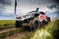 Autoperiskop.cz  – Výjimečný pohled na auta - Peugeot DKR Maxi: třetí vítězství v impozantním dnu čtvrté etapy