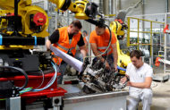 Autoperiskop.cz  – Výjimečný pohled na auta - ŠKODA AUTO rozbíhá výrobu po celozávodní dovolené s modernizovanými výrobními technologiemi