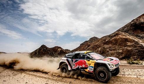 Autoperiskop.cz  – Výjimečný pohled na auta - Týmový duch Peugeotu ožil, když Despres v 10.etapě upevnil vedení v Silk Way Rally