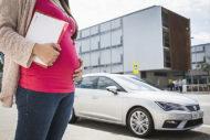 Autoperiskop.cz  – Výjimečný pohled na auta - Může bezpečnostní pás způsobit těhotné ženě zranění? Existují nějaké lékařské argumenty proti řízení automobilu?