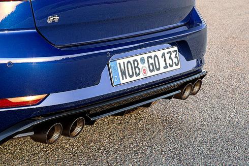 Autoperiskop.cz  – Výjimečný pohled na auta - Modely Volkswagen Golf R1 a Golf R Variant1 s 228 kW/310 k nabízejí výkony a dynamiku sportovního vozu
