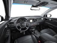Autoperiskop.cz  – Výjimečný pohled na auta - Sedmimístné SUV Kia Sorento nově ve verzi GT Line s osmistupňovou automatickou převodovkou ve světové premiéře na autosalonu ve Frankfurtu 12.-20.září 2017 (velmi podrobná informace)