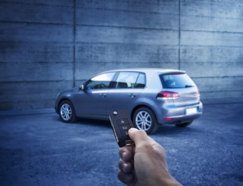 Autoperiskop.cz  – Výjimečný pohled na auta - Cestujete bez náhradního autoklíče? Zbytečně riskujete