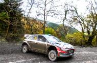 Autoperiskop.cz  – Výjimečný pohled na auta - Tým Hyundai nasadí do předposlední rallye sezóny ve Walesu hned čtyři posádky