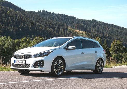 Autoperiskop.cz  – Výjimečný pohled na auta - Společnost KIA MOTORS CZECH prodala v říjnu tohoto roku 876 vozů a s tržním podílem 3,78 % byla šestou nejprodávanější značkou v České republice