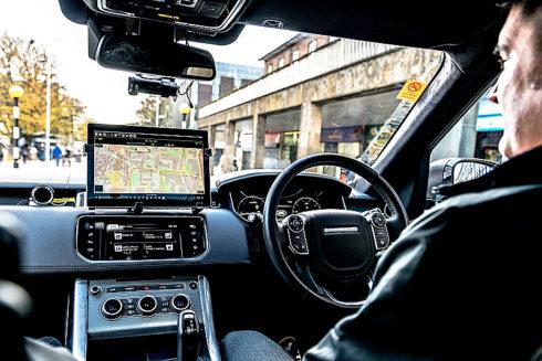 Autoperiskop.cz  – Výjimečný pohled na auta - Společnost Jaguar Land Rover se zapojí do prvních silničních testů autonomních a propojených vozidel ve Velké Británii