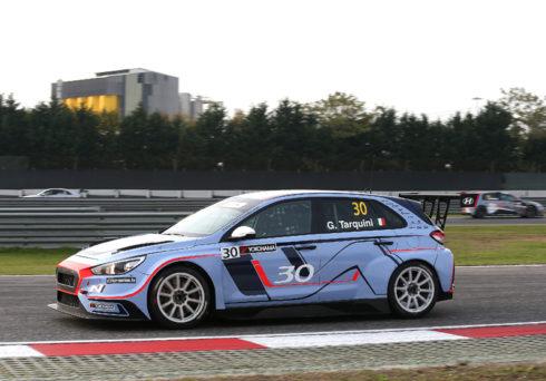 Autoperiskop.cz  – Výjimečný pohled na auta - Hyundai Motorsport otevřel rezervace na nákup okruhového speciálu i30 N TCR