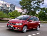 Autoperiskop.cz  – Výjimečný pohled na auta - Modernizovaný Volkswagen Golf Sportsvan – prodej zahájen →  Nový Golf Sportsvan lze objednávat za ceny od 454 900 Kč
