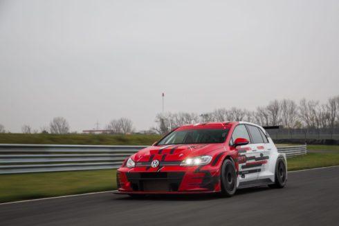 Autoperiskop.cz  – Výjimečný pohled na auta - Sébastien Loeb Racing nasadí závodní vozy Volkswagen Golf GTI TCR