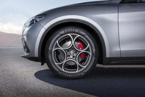 Autoperiskop.cz  – Výjimečný pohled na auta - Goodyear uvádí na trh nové Eagle F1 Asymmetric 3 SUV, vysoce výkonné pneumatiky pro modely SUV