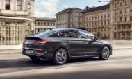 Autoperiskop.cz  – Výjimečný pohled na auta - Hyundai i30 je nejprodávanějším vozem pro soukromé osoby ve třídě velkých rodinných vozů před Kia Motors a Škoda Auto