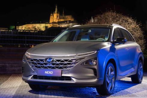 Autoperiskop.cz  – Výjimečný pohled na auta - Vodíkový elektromobil Hyundai NEXO poprvé v ČR!