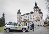 Autoperiskop.cz  – Výjimečný pohled na auta - ŠKODA AUTO poskytla vůz pečovatelské službě ve Vrchlabí