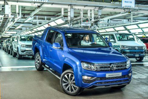 Autoperiskop.cz  – Výjimečný pohled na auta - Volkswagen Užitkové vozy zahájil výrobu modelu Amarok s novým vrcholným motorem